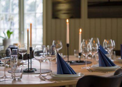 Røssøygården middagsbord